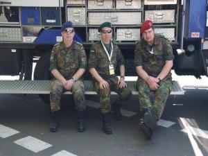DocX in Flecktarn beim Düsseldorfer Marathon 2008